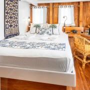 Double cabin Cruise Komodo thumbnail