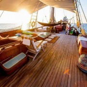 Full-comfort-liveaboard-with-Dive-Concepts thumbnail