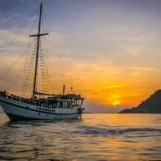 Sunset Cruise Raja Ampat thumbnail