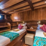 Twin-bedroom-dive-liveaboard thumbnail