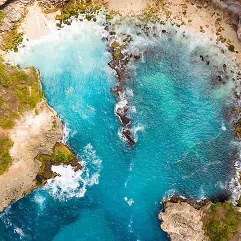 Discover Komodo and Bali